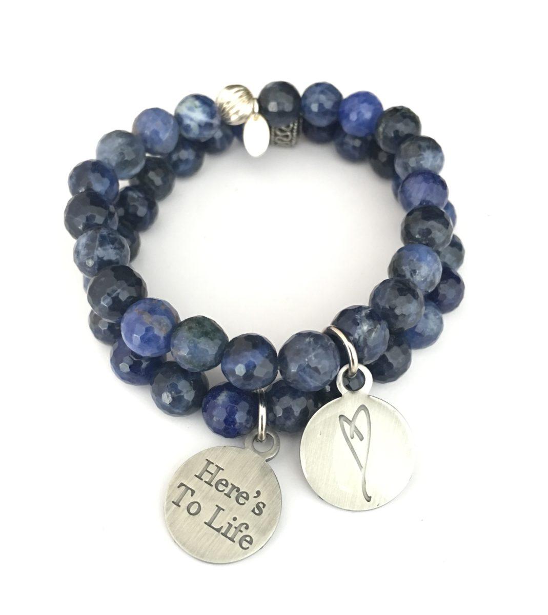 Simply Eartha heart charm sodalite bracelet